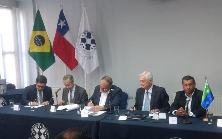 """Ipece e Fundação chilena assinam protocolo para implementar três """"Centros Regionais de Pensamento Estratégico"""""""